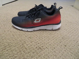 Sketchers Sneakers