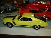 Ford Mustang Boss 302 1970 diecast 1/18 die cast Welly