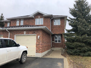 1391 Thornwood Cres. – Beautiful 3 BDRM House in the West End!