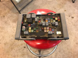 Fuse Box for 07-09 Chevy / GMC