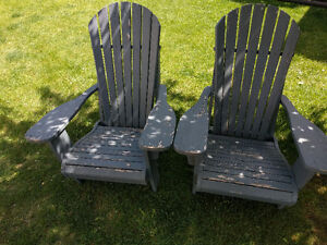 Adirondack chairs solid wood needs painting for this season