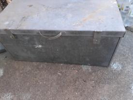Galvanised tool chest