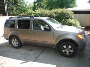 2006 Nissan Pathfinder - FOR PARTS