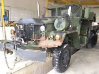 Military 6 x 6 heavy duty on road/off-road tow truck