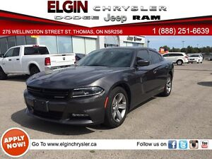 2015 Dodge Charger SXT***Navi,Sunroof,Low Kms***