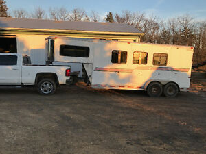 2005 horse trailer Silver Star Slant! Beautiful condition