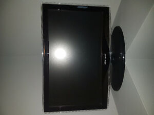 "Samsung TV 24"" FOR SALE!"