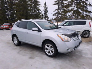 2008 Nissan Rogue SL. 4WD  4cyl Auto  $5,900.. Warranty included