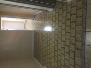 2 BEDROOM BASEMENT APARTMENT AVAILABLE SEPT 1ST
