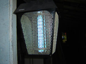 LIGHTS- BUG ZAPPERS- MOSQUITTO KILLERS
