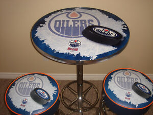 Oilers Pub Table & 2 Bar Stools -BRAND NEW  ($1200 Value)