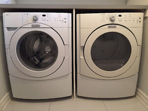 Laveuse sécheuse frontales / Front load washer dryer