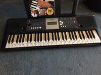 Yamaha YPT230 Keyboard