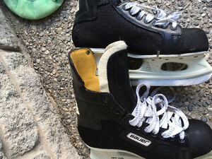 Different size of skating shoes for sale!!