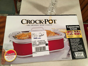 Brand new casserole crock pot