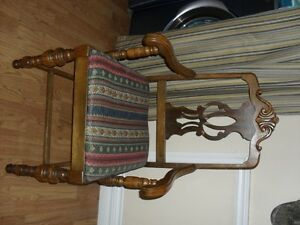 Antique Dining Room Chairs & Assorted Chairs