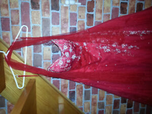 Robe de bal/mariage rouge taille 10