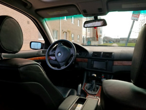 Clean BMW 530i manual