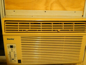 Danby window AC - air conditioner - 8000 BTU