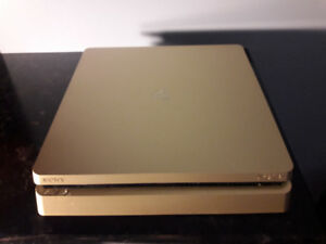 Gold Playstation  and controller like new, MLB '17 included $350