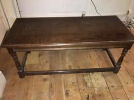 Vintage wooden coffee table - Shabby Antique
