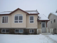 For rent 3 bedroom duplex in Lacombe available December 1 2015