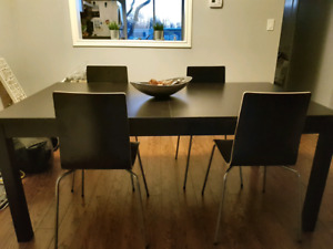 Black/Brown dining table with chairs