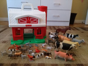 Ferme ''Fisher Price'' + 37 animaux