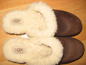 Ugg Kalie Gaucho Leather Mules / Clogs  Size 9