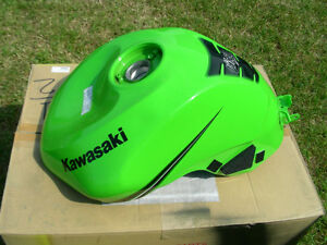 Damaged fuel tank for Kawasaki Ninja ZX636R