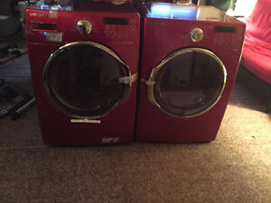 Washer and dryer in Kirkland Lake