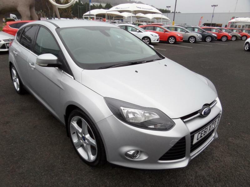 2011 ford focus titanium manual hatchback in swansea gumtree. Black Bedroom Furniture Sets. Home Design Ideas
