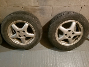 Pneus Ete Summer Tires 185/65R14 with Mags