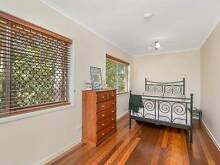 Price reduced - a few minutes drive to Garden City! Wishart Brisbane South East Preview