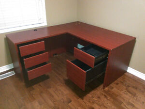 L-Shaped Office Desk Unit