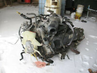 Ford 6.8L V10 Engine with Trans @PICnSAVE Woodstock Woodstock Ontario Preview