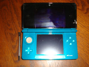 Blue Nintendo 3DS with 9 games and case