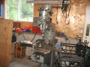 Bridgeport Milling Machine, 9 x 42 table