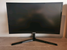 "24"" Full HD Curved LED Black Monitor"