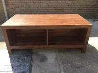 Coffee table /TVs unit
