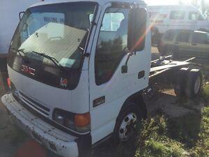 2003 GMC W 3500