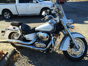 2014 Honda Shadow 750 - Only 1375kms