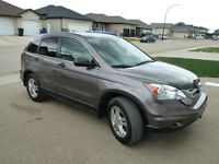2011 Honda CR-V LX, Warranty. PRICED TO SELL