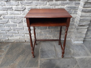 ACCENT TELEPHONE DESK TABLE