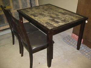 Dining table & chairs      NEW LOWERED PRICE London Ontario image 1