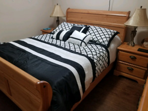 Full size queen slay bed solid oak furniture