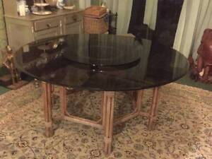Large round glass table Balgowlah Manly Area Preview