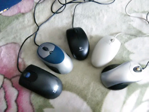 Corded optical usb mouse