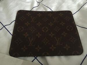Tapis de souris Louis Vuitton