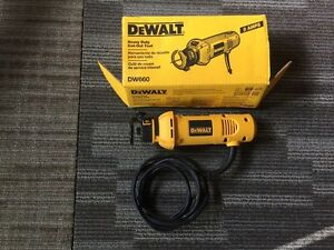 Dewalt heavy duty cutout tool